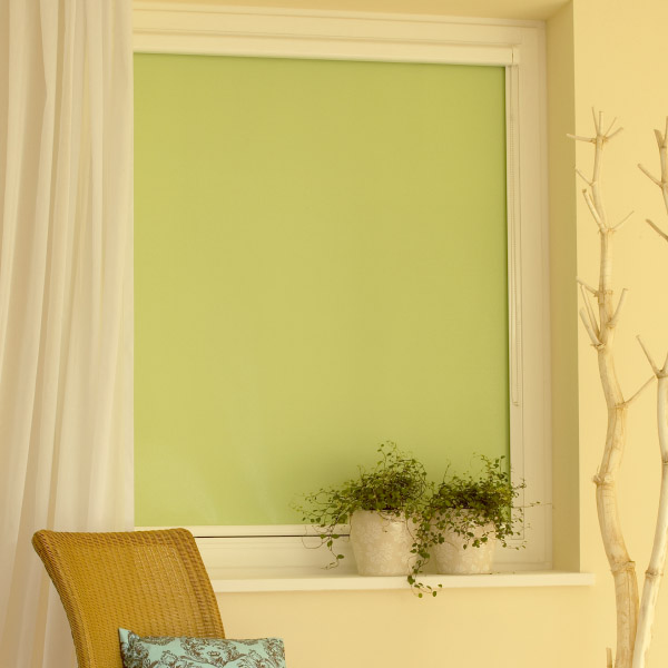 rollos als k lteschutz helfen im winter energie zu sparen. Black Bedroom Furniture Sets. Home Design Ideas