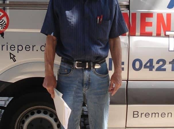 Rollo Rieper stellt neuen Mitarbeiter für die Montage von Sonnenschutz und Rolläden ein: Ronald Vieroth