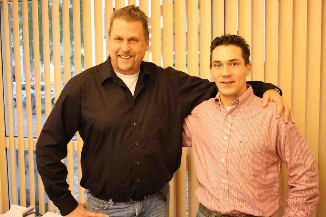 Rollo Rieper stellt zusätzlichen Mitarbeiter Matthias Bley zur Betreuung der Händler ein