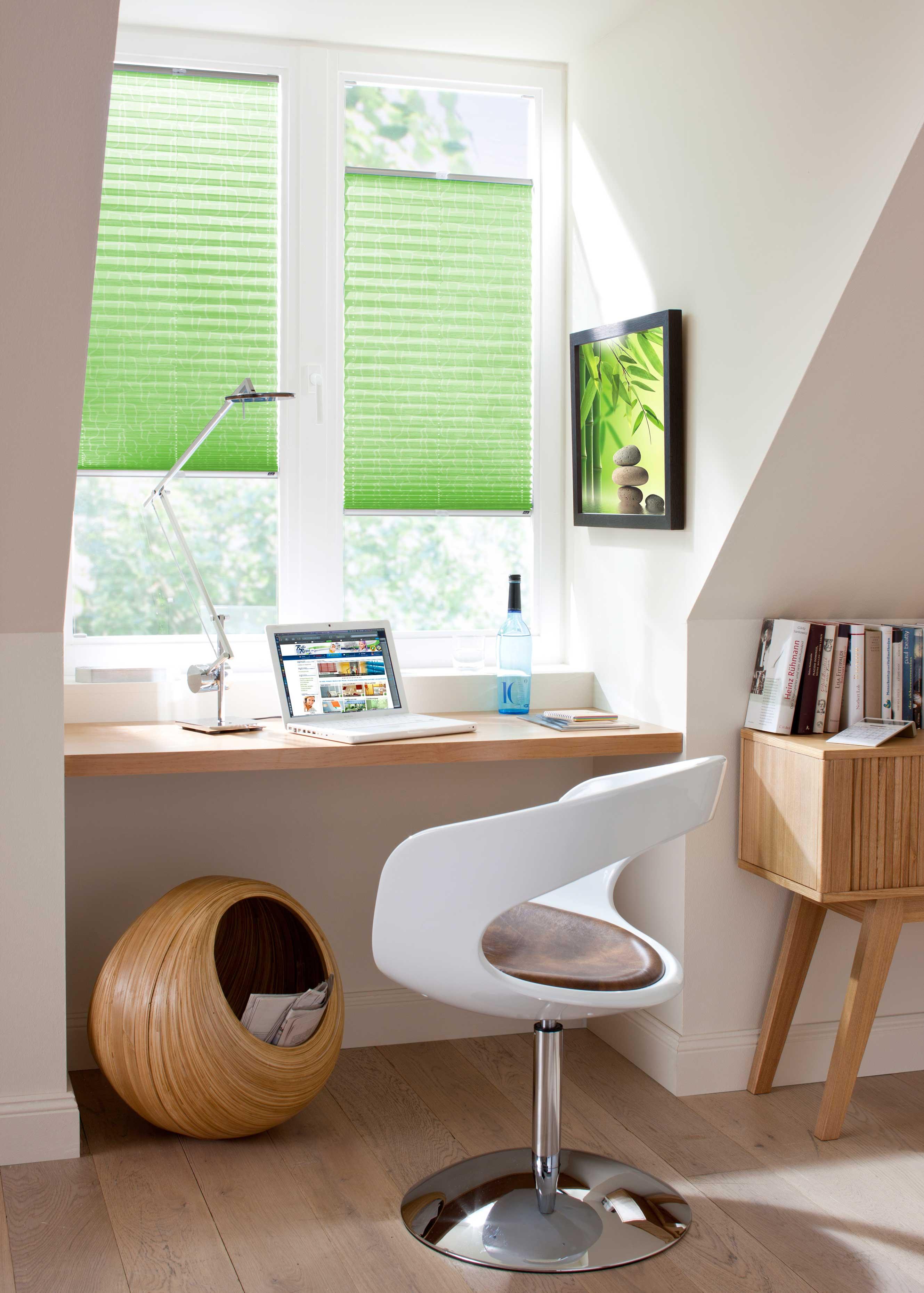 neue plissee kollektion online vor allem das angebot an cosiflor und duette wurde erweitert. Black Bedroom Furniture Sets. Home Design Ideas