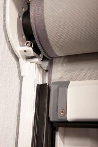 Reißverschlusstechnik der Zip Markise EcoLine (zur Veranschaulichung geöffnet)