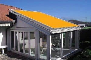 Caprio Markise für Wintergarten und Terrassendach als Beschattung und Sonnenschutz von außen