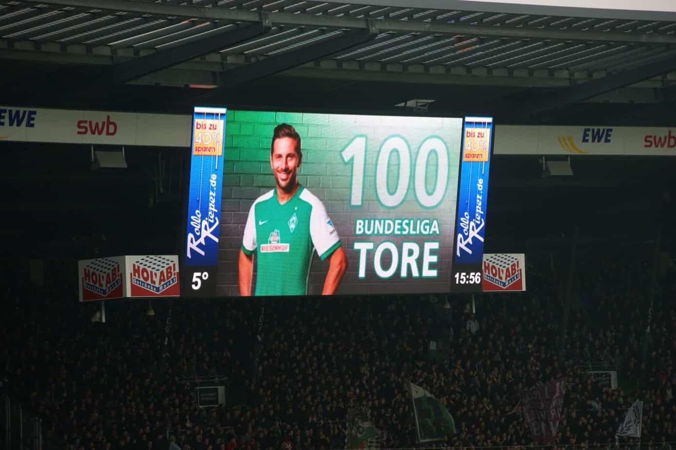 Claudio Pizarro schoss im Heimspiel für Werder Bremen sein 100. Bundesliga Tor