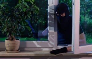 Fenster Einbruchschutz und Sicherheit mit den richtigen Fenstern und Rollläden