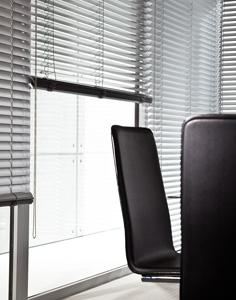 alu jalousie aluminium jalousien auf ma von. Black Bedroom Furniture Sets. Home Design Ideas