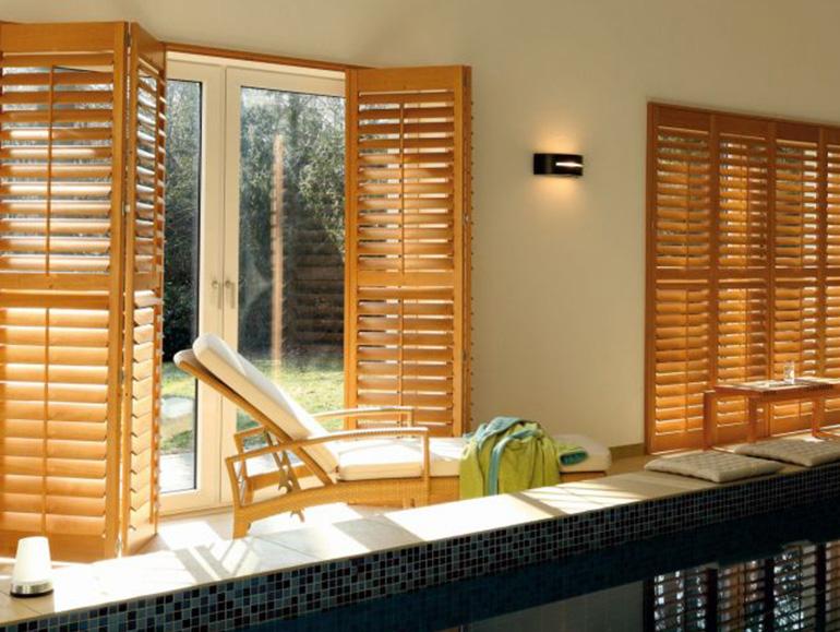 kadeco shutters sehr edel und wirkungsvoll. Black Bedroom Furniture Sets. Home Design Ideas