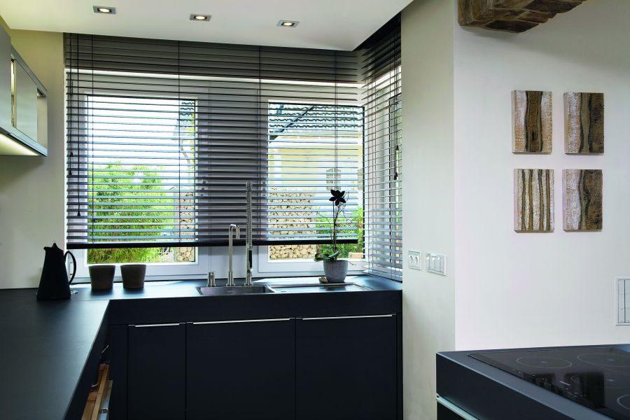 mhz hersteller f r sonnenschutzsysteme seit 1930. Black Bedroom Furniture Sets. Home Design Ideas