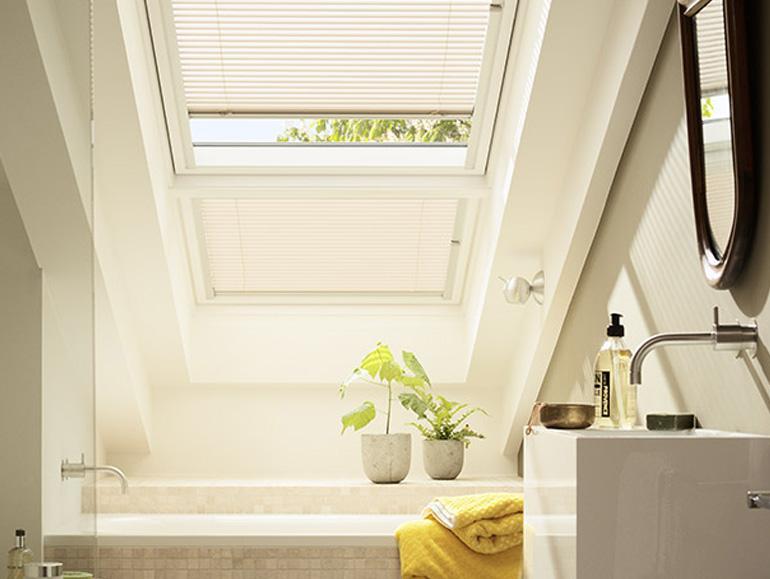 velux plissee excellent pink plissees fr velux dachfenster with velux plissee affordable. Black Bedroom Furniture Sets. Home Design Ideas