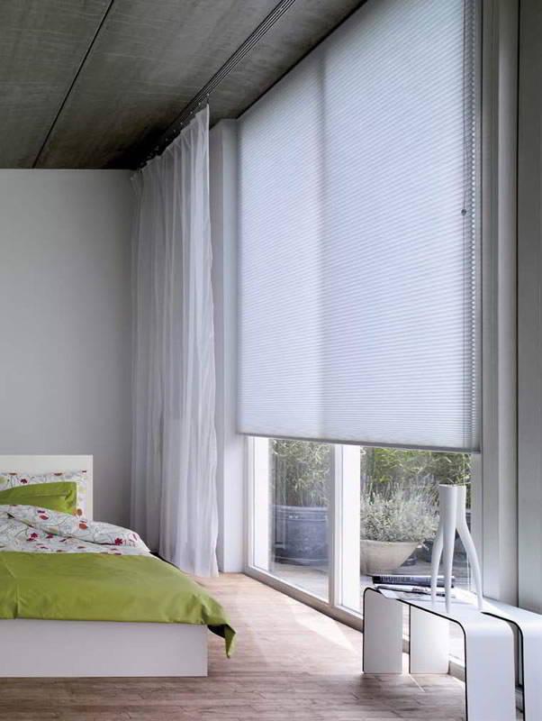 plissee duette f1 wabenplissee mit seitlicher bedienschnur. Black Bedroom Furniture Sets. Home Design Ideas