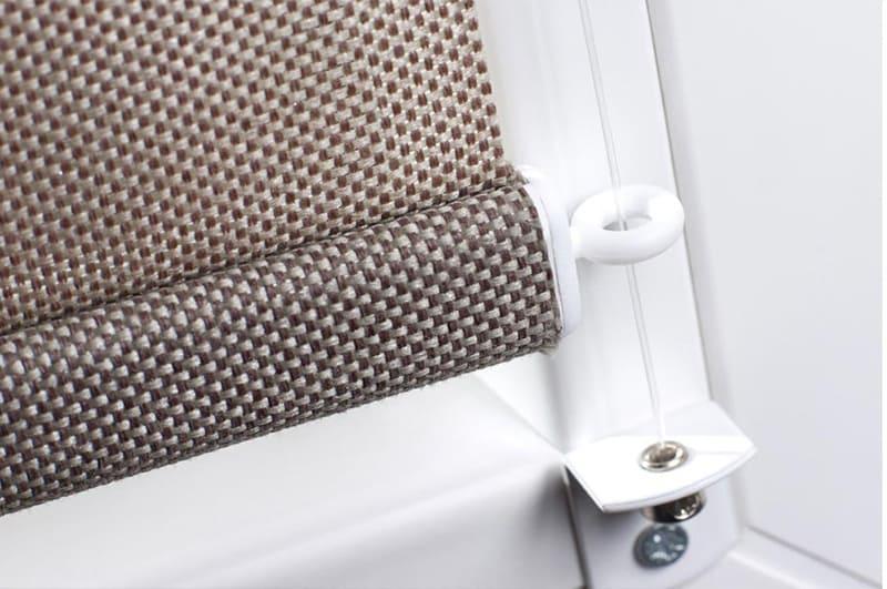 Rollo Mit Seitenführung : praktisches kettenzugrollo nach ma von rollo rieper ~ Watch28wear.com Haus und Dekorationen