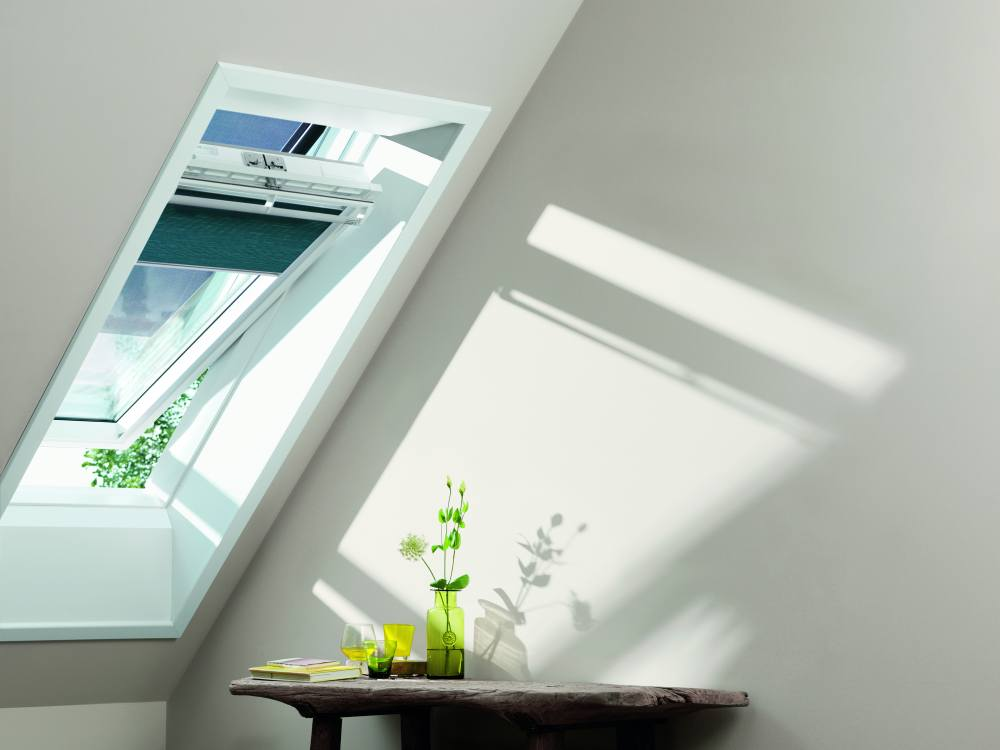 velux dachfenster markise interesting velux hitzeschutz markise f r dachfenster effektiv with. Black Bedroom Furniture Sets. Home Design Ideas