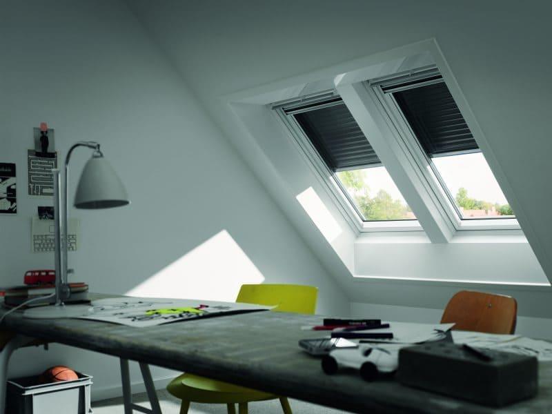 dachfensterroll den f r velux fenster von rollo rieper. Black Bedroom Furniture Sets. Home Design Ideas